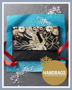 Handbags >