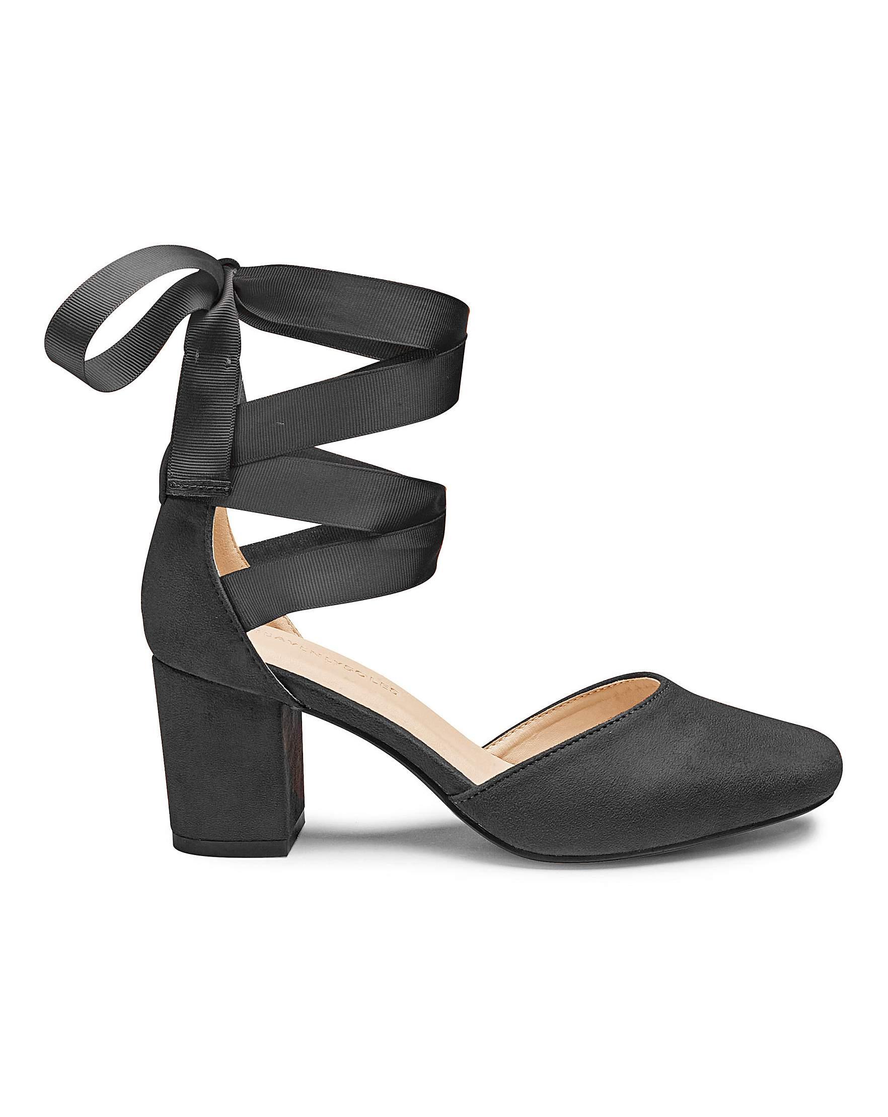 45b9704243c Heavenly Soles Leg Tie Shoes EEE Fit