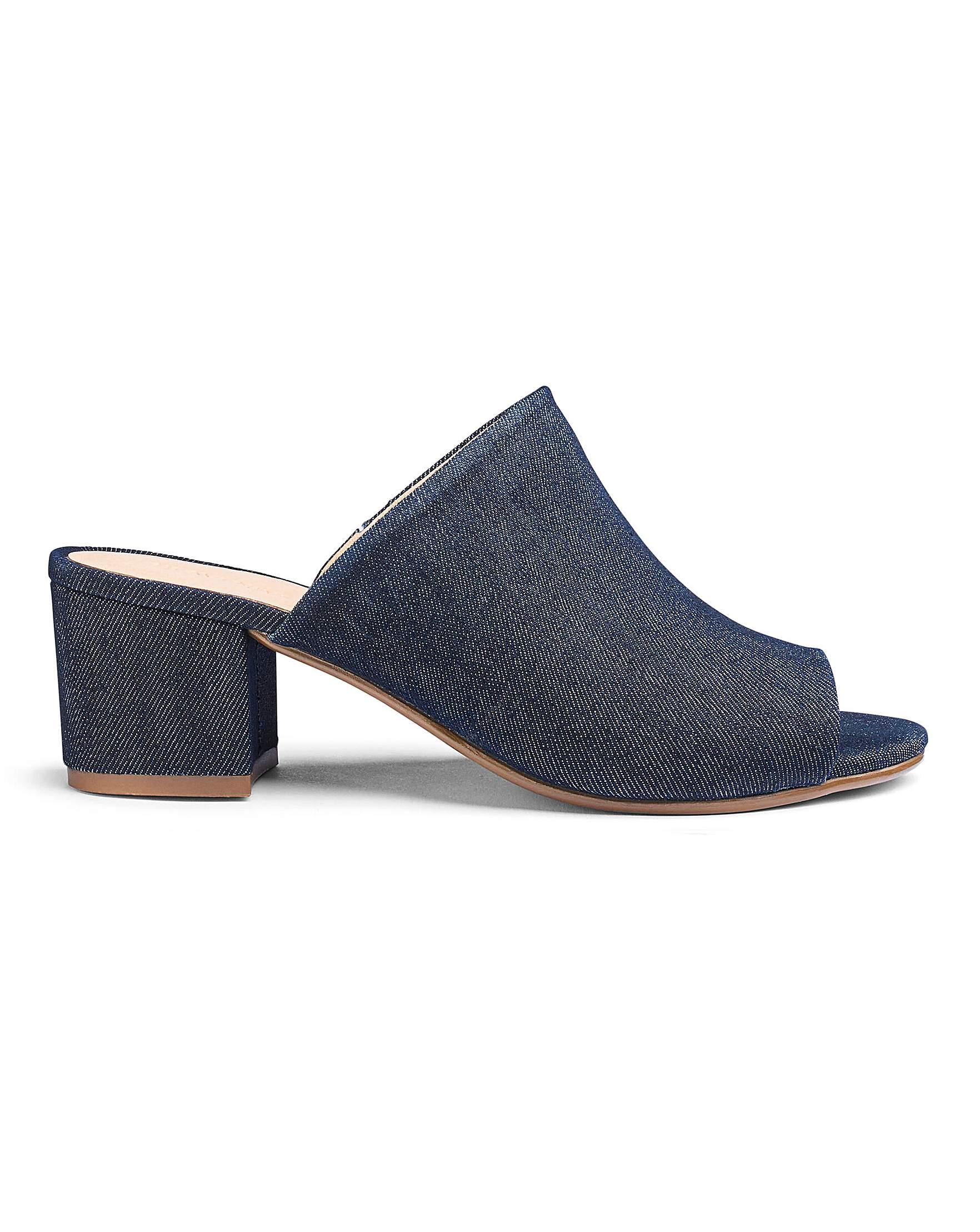 25ec1c6412a Heavenly Soles Sandals EEE Fit