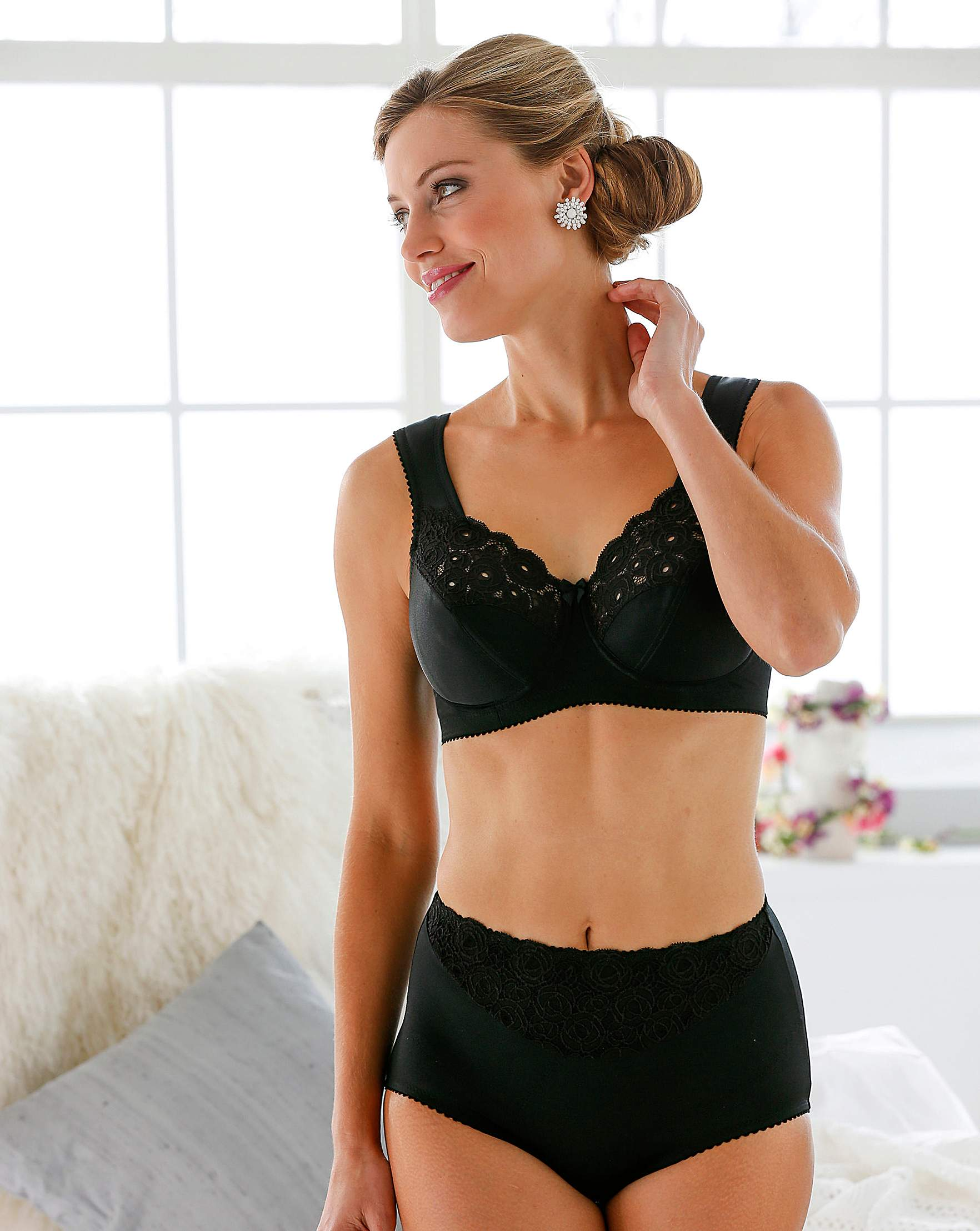 2fd84618d8a Miss Mary Full Cup Wired Black Bra