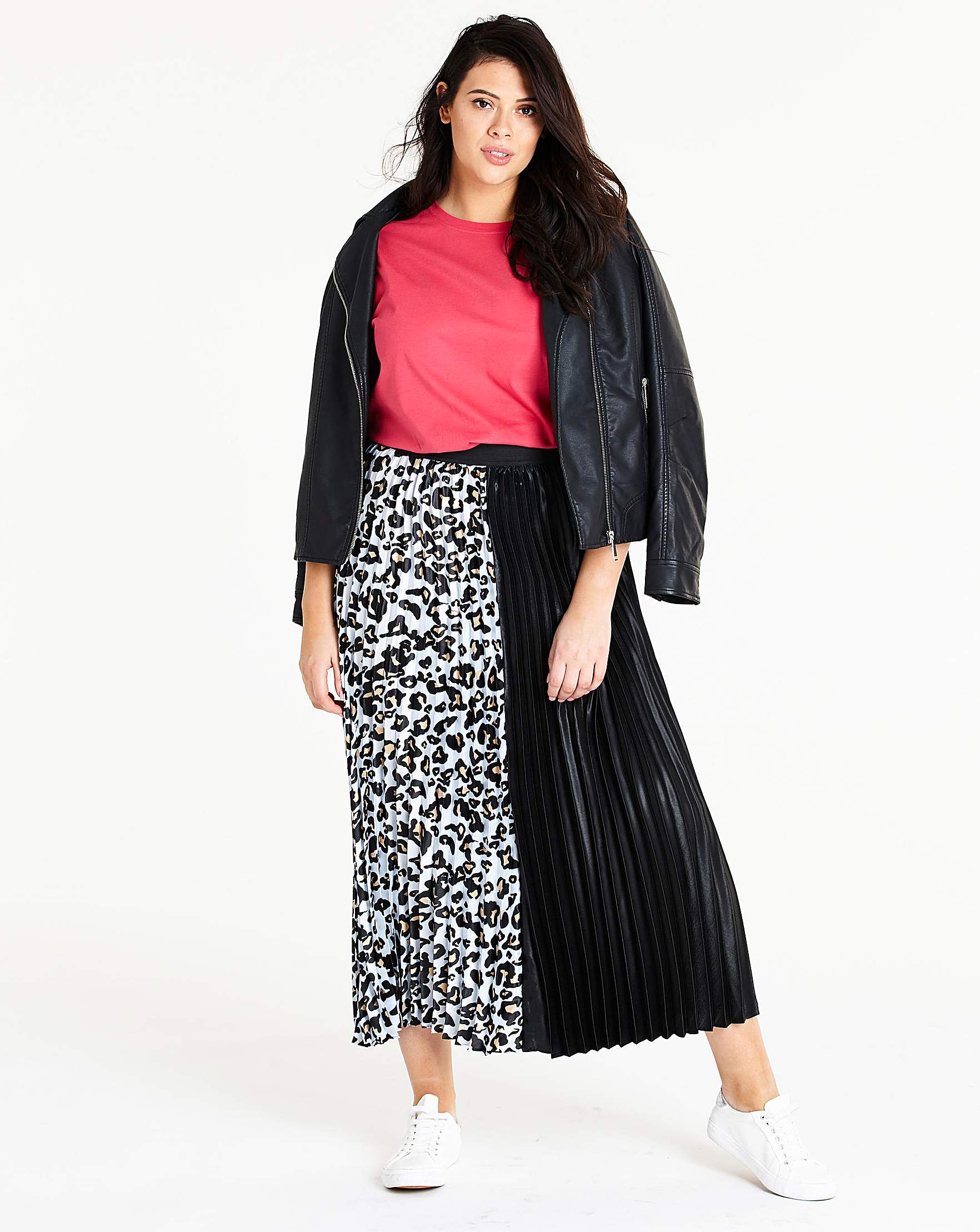 23420f1532 Black & White Sunray Pleat Maxi Skirt   Simply Be