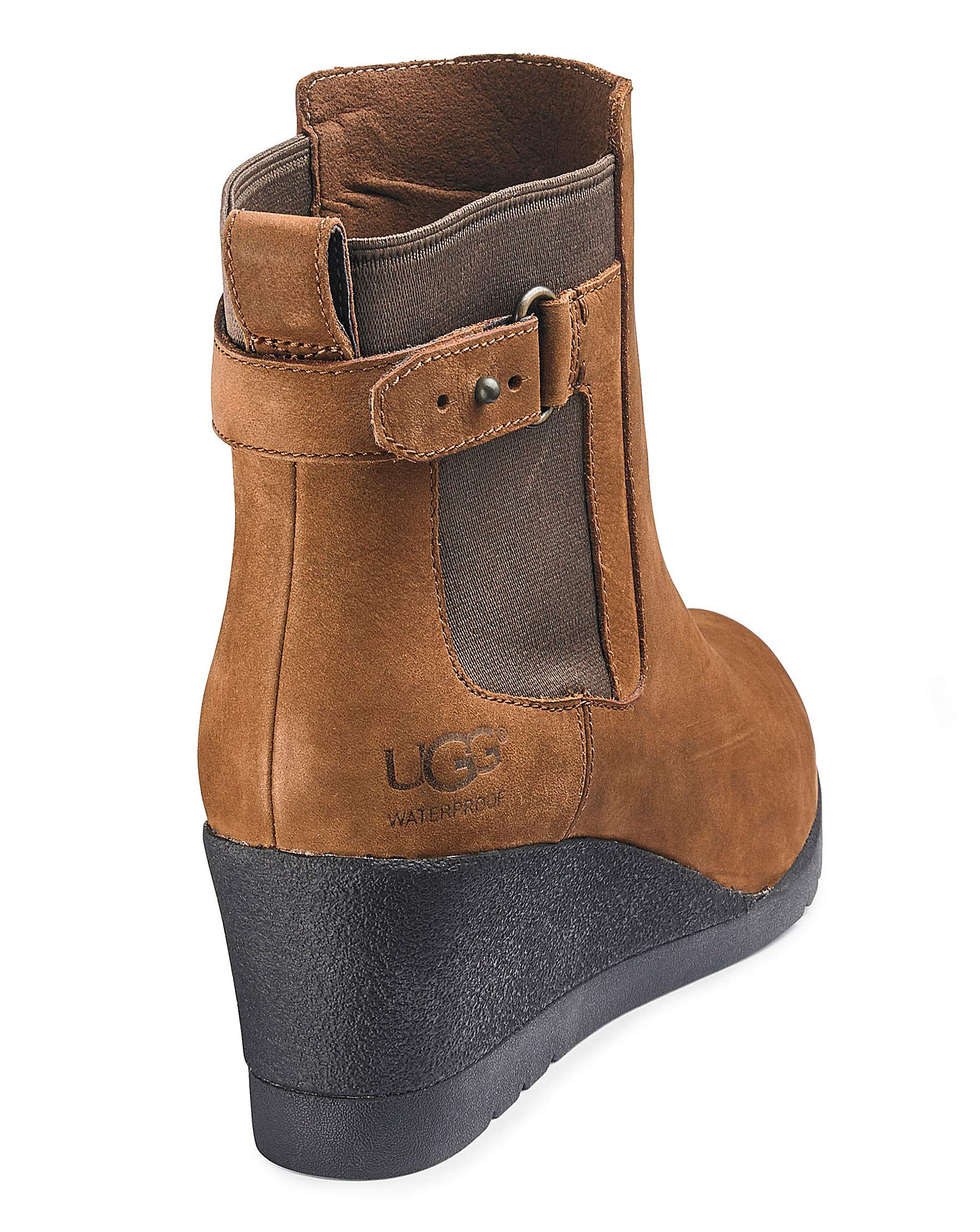c6683d524e2 Ugg Indra Wedge Boots