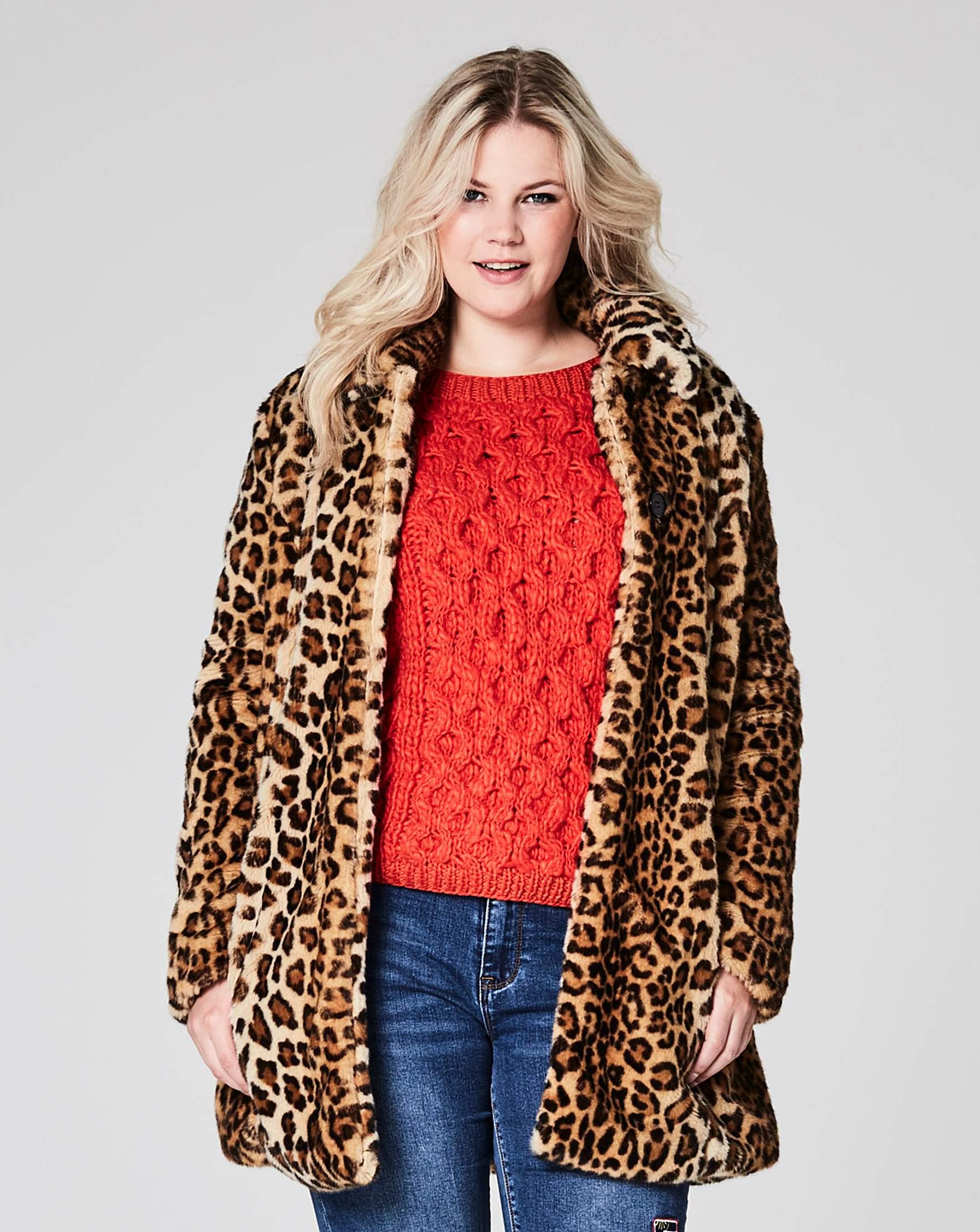 b72732618d09 Leopard Faux Fur Coat | Simply Be