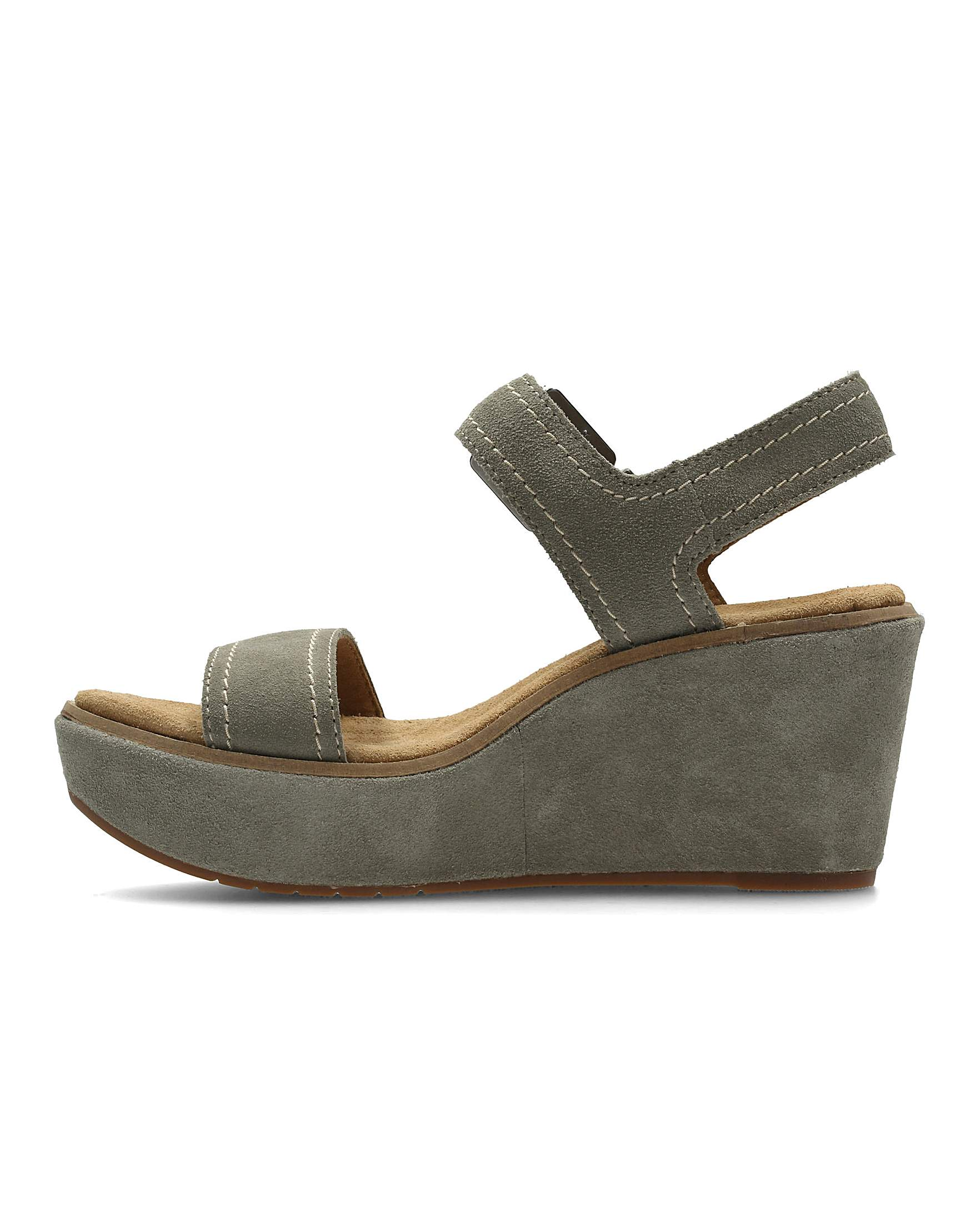 613975db64eb Clarks Aisley Orchid E Fitting