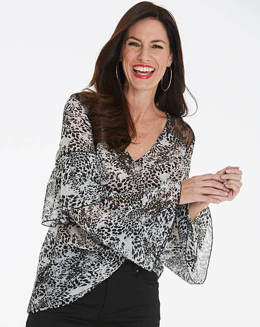 eb9ff51028d Animal Print Layered Sleeve Top | Oxendales