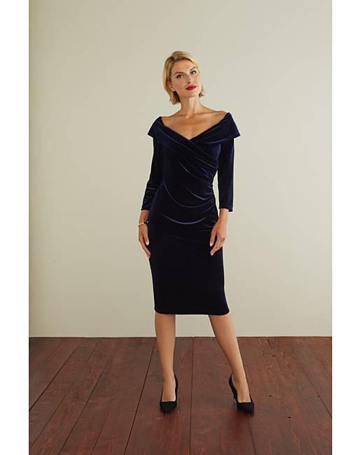 Gina Bacconi Bridget Velvet Dress  57c4dc24a