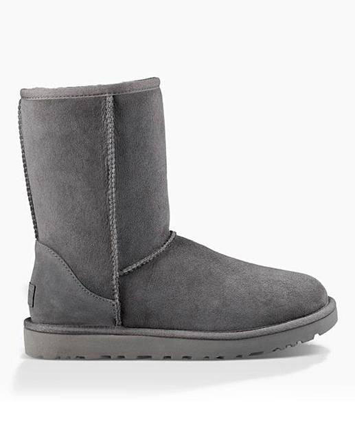 037a8127c35 Ugg Classic Short II Boots