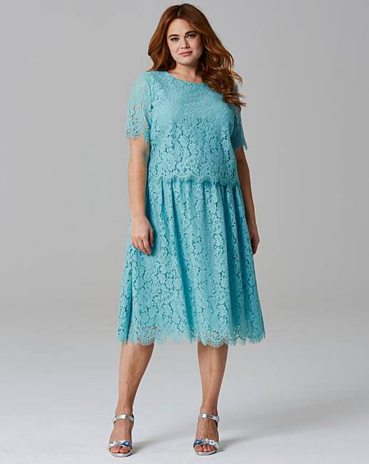 f8de71996d3 Lace Layer Prom Dress
