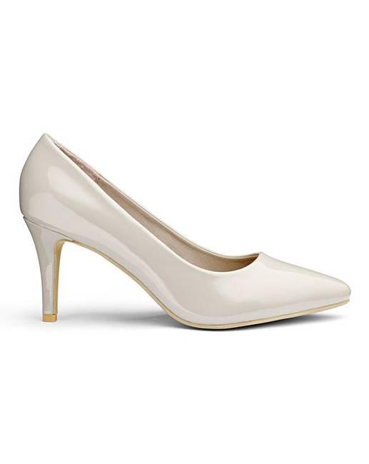 5396d12e584 Heavenly Soles Court Shoes D Fit