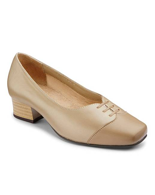 e6ffcd77c8 Orthopedic Court Shoes EE Fit | J D Williams