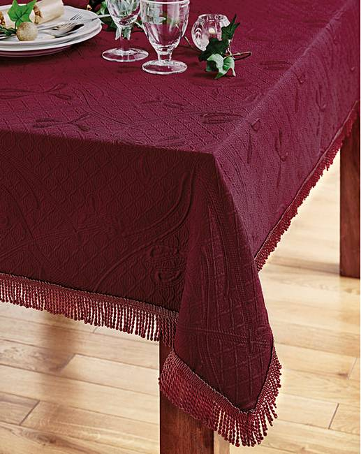 Bon Matelasse Tablecloth