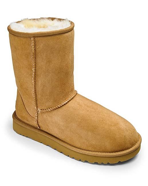 bf327c64710 UGG Australia Classic Short Womens Boots