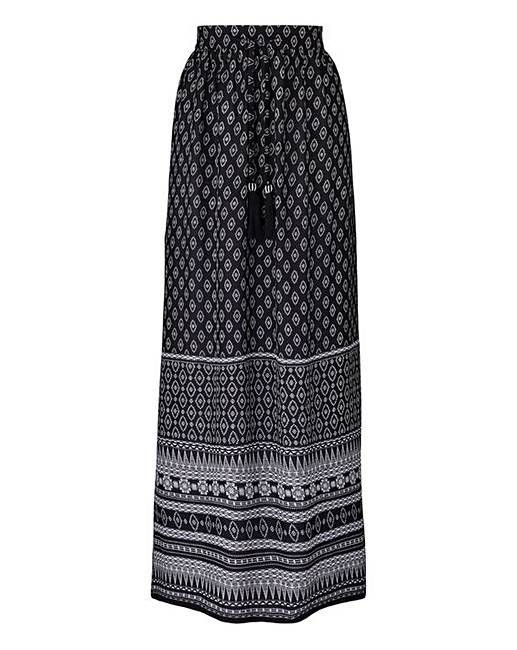 diversified in packaging best cheap online sale Border Print Maxi Skirt