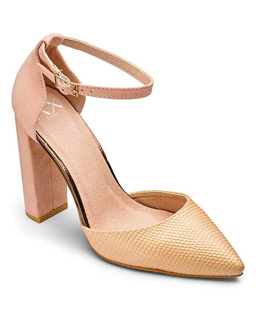 Shimmer Court Pointy Heeled Shoe | Heels, Pumps heels