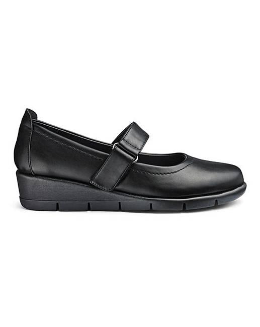 c4a5e05f407 Cushion Walk Bar Shoes E Fit