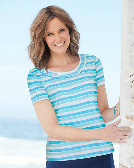 Nice Print Jersey Top with Neck Detail for cheap