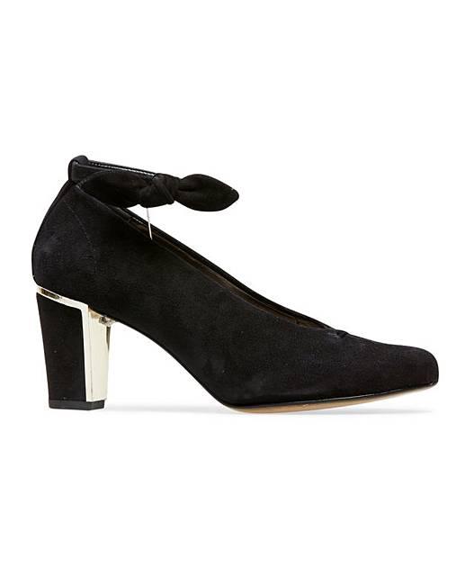 65557a43bdc0 Van Dal Cilla Court Shoes Wide E Fit
