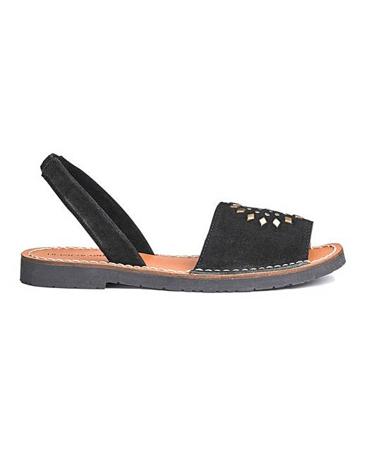 e00fabe4dc5 Heavenly Soles Leather Sandals EEE Fit