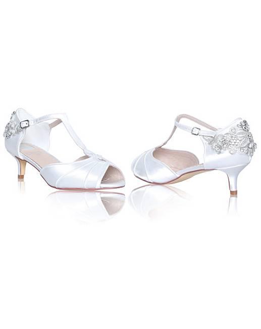 485ac8b6971c8 Perfect Georgie Low Heel Sandal | Fashion World