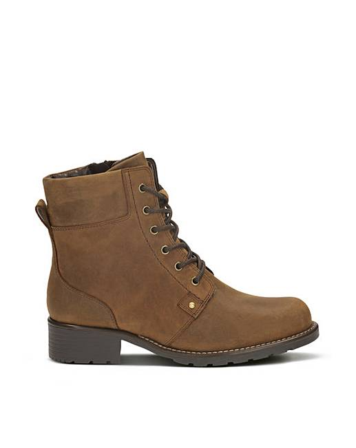 5d0ce2ead23602 Clarks Orinoco Spice Boots