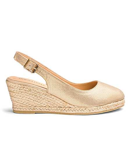 391122e35c6 Gold | New In | Sandals | Shoes | Simply Be