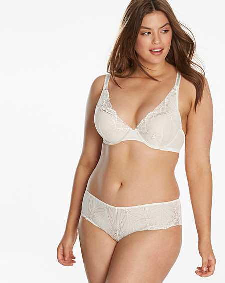 Wonderbra | Plunge | Bras | Lingerie | Simply Be