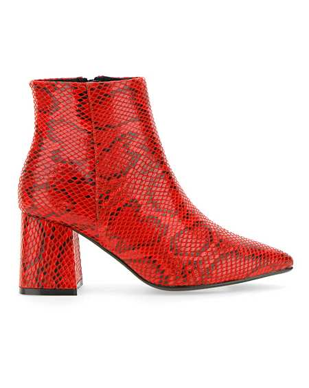 timeless design 0fa62 d4474 Women's Boots | Wide Fit Boots | Simply Be