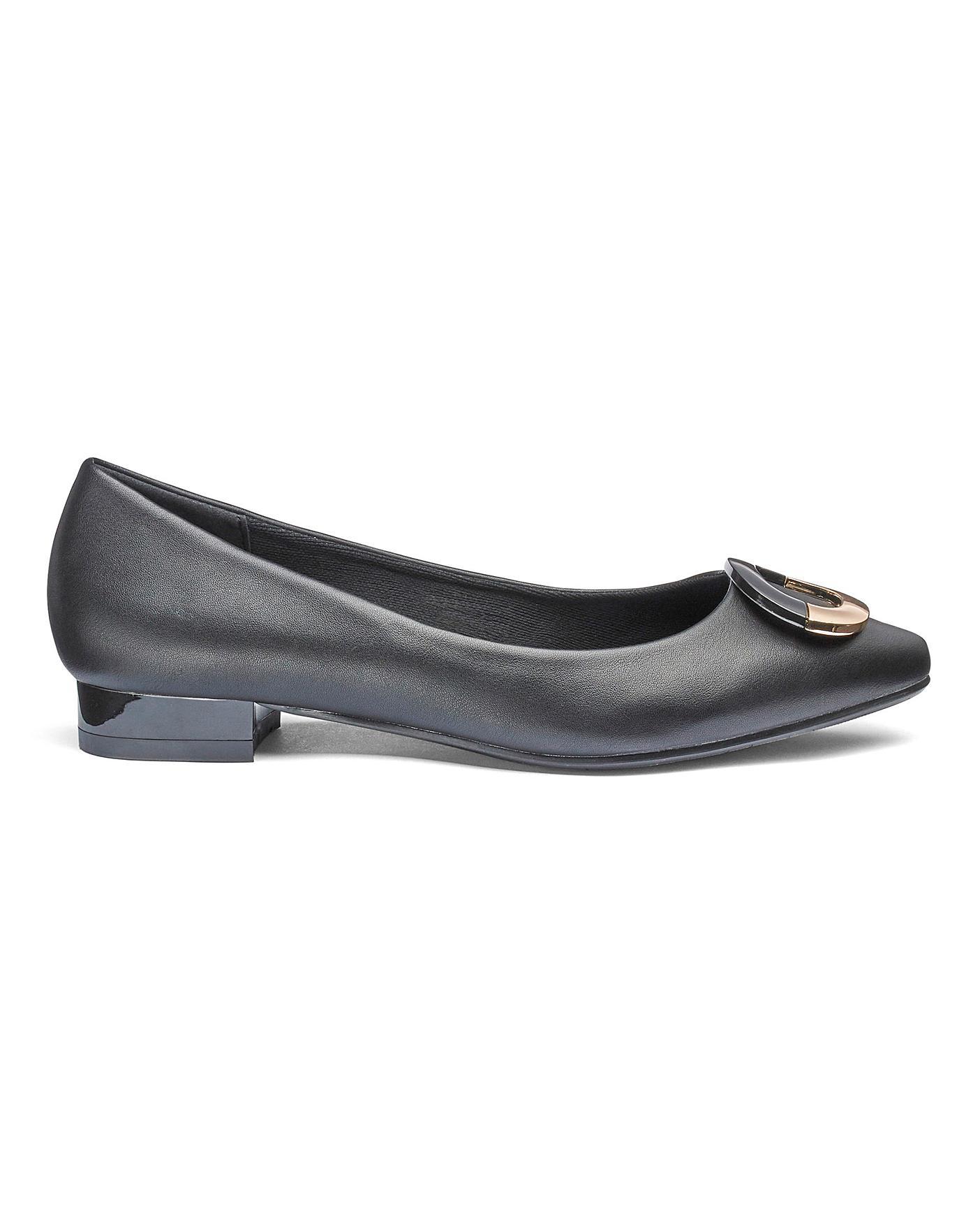 Heavenly Soles Flexible Shoes