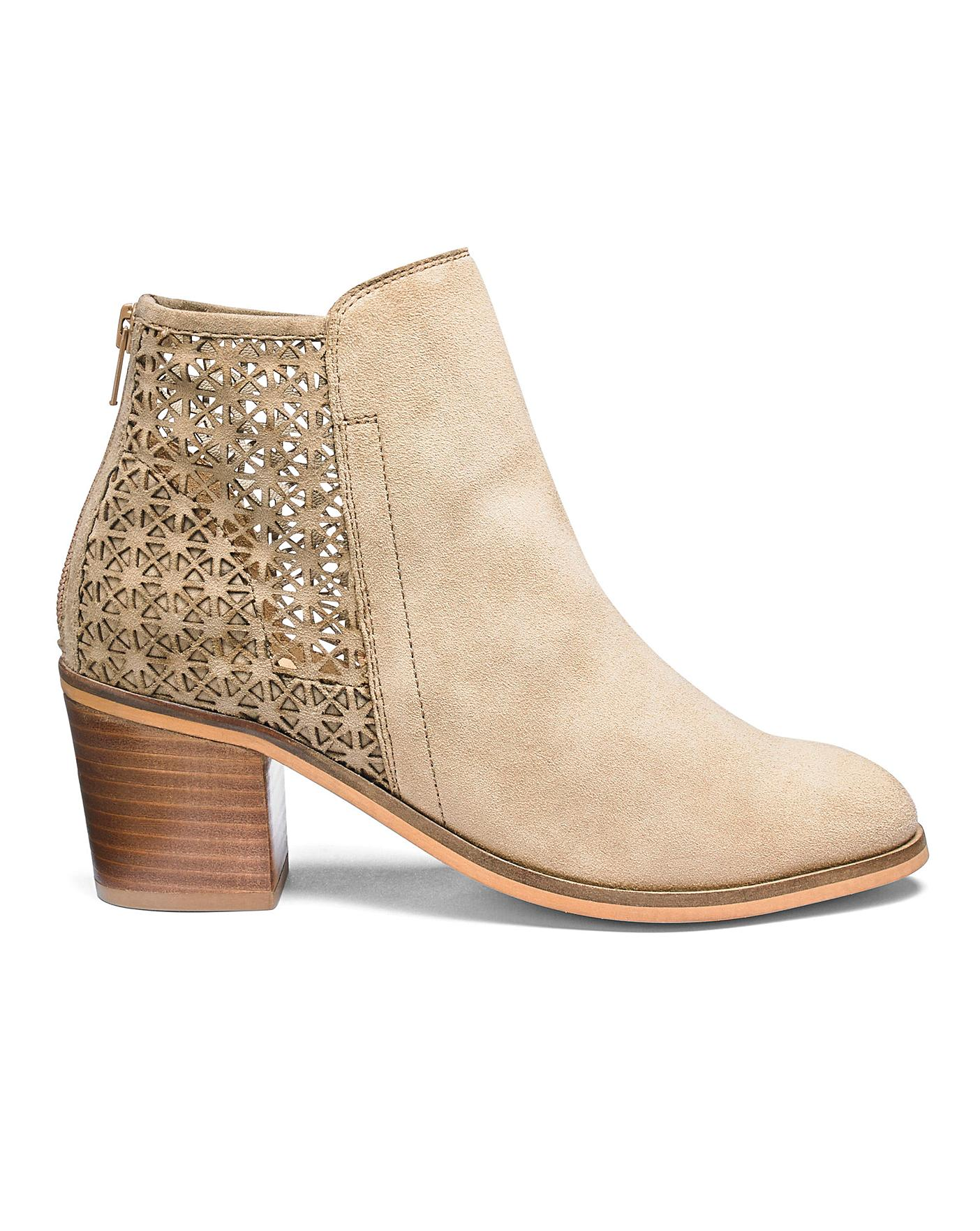 Womens Heavenly Soles Suede Ankle Boots Simply Be