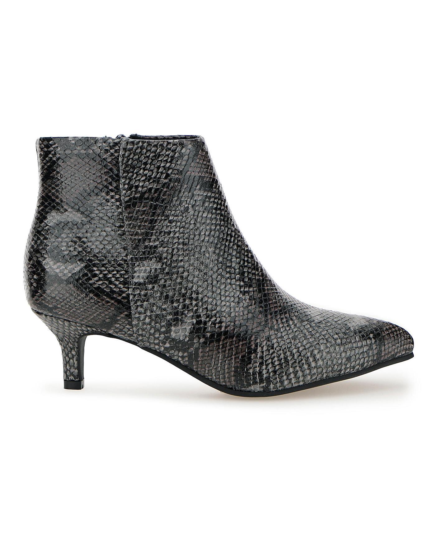 Flexi Sole Kitten Heel Ankle Boots E