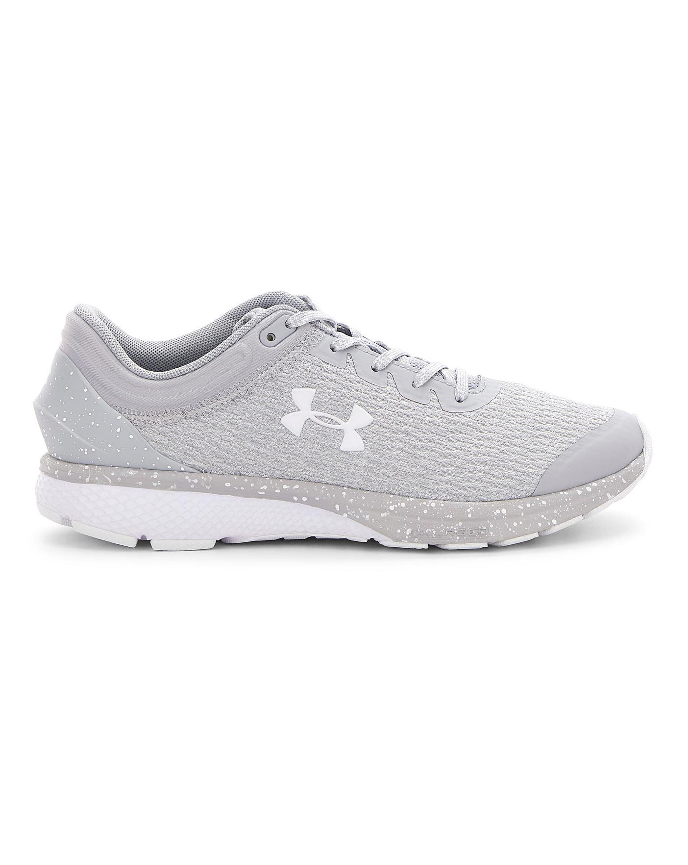 lb Anécdota Te mejorarás  Under Armour Charged Escape 3 Trainers | Simply Be