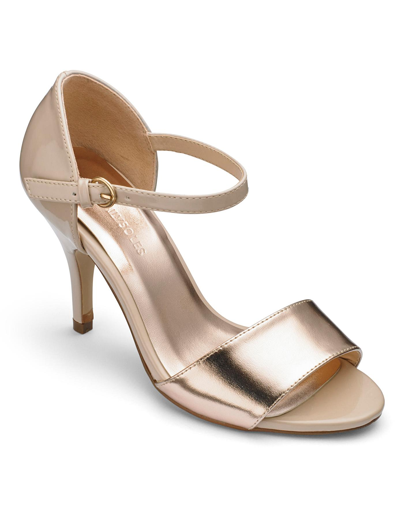 Heavenly Soles Peep Toe Slingback Shoes
