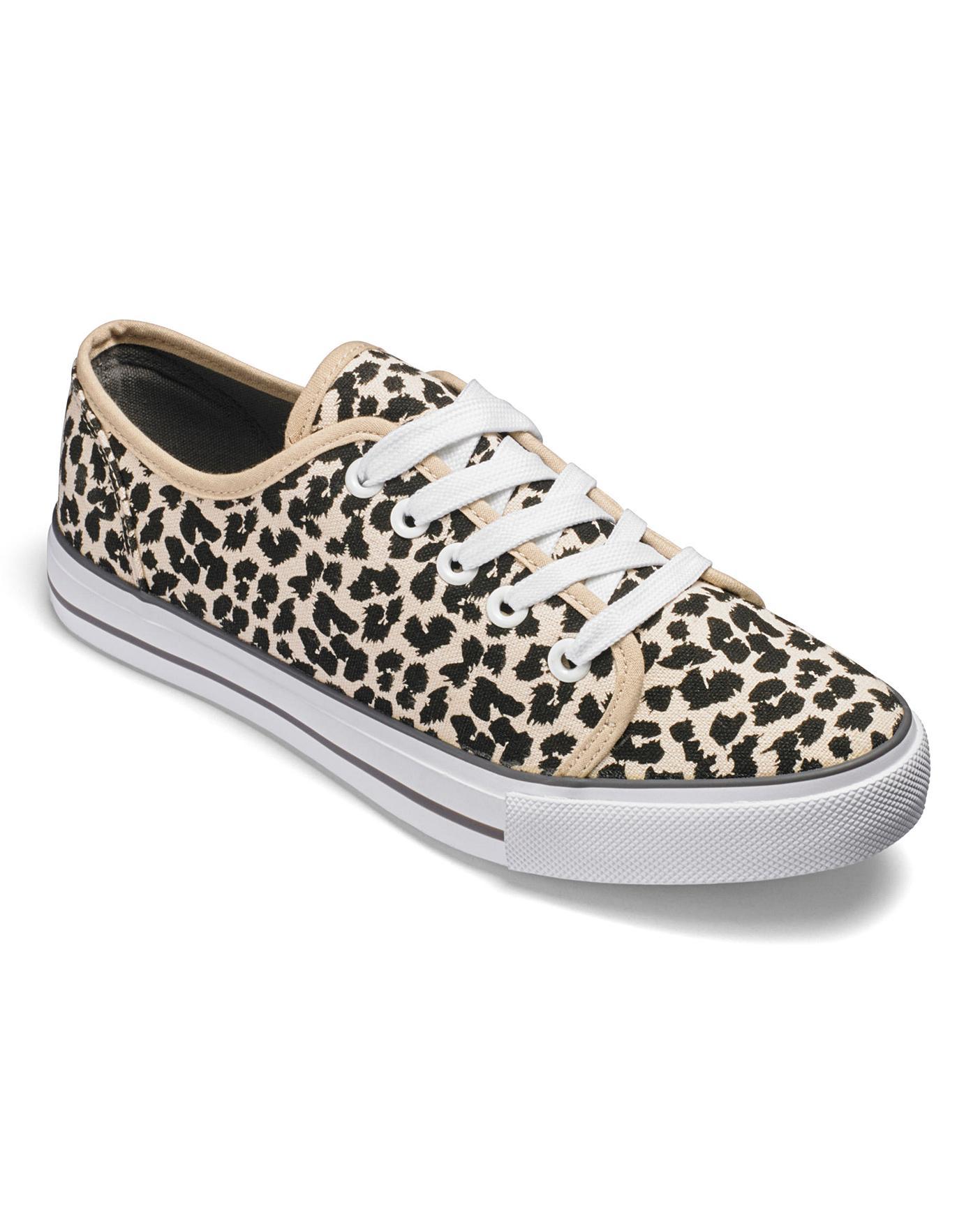 Dunlop Canvas Lace Up Shoes EEE Fit