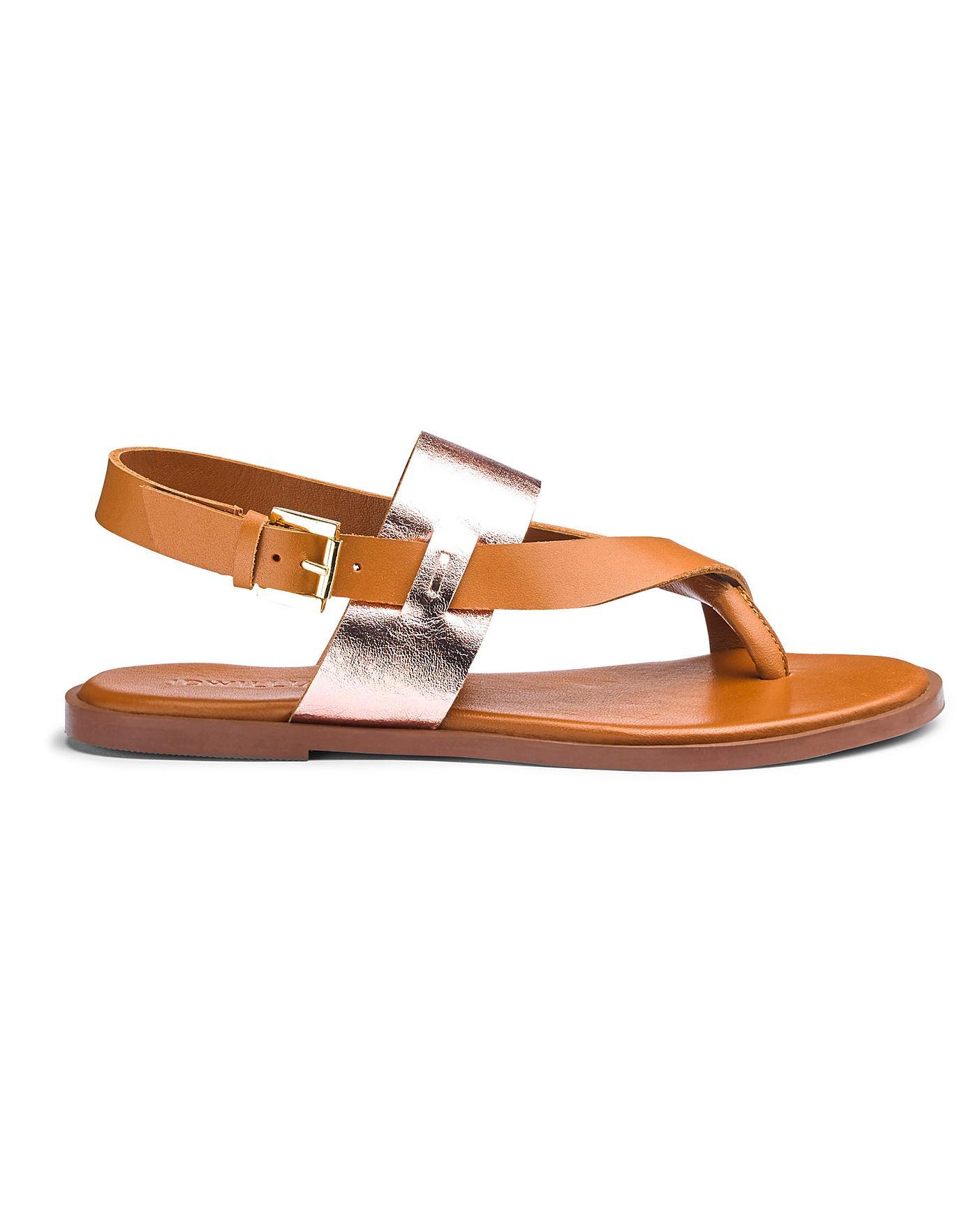 Leather Toe Post Sandals E Fit | Marisota