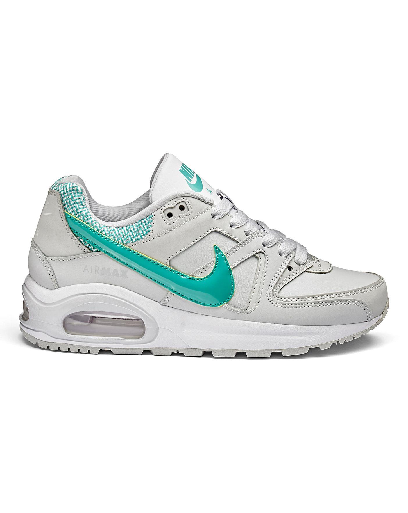 site réputé be24e e1199 Nike Air Max Command Flex Girls Trainers