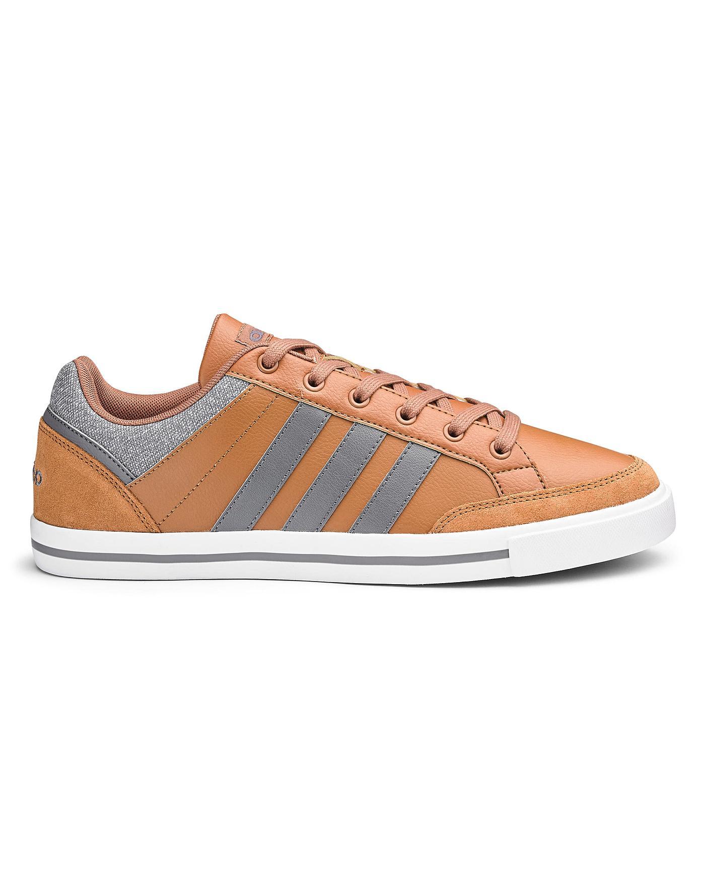 regarder f5ef2 3fa17 Adidas Cacity Trainers