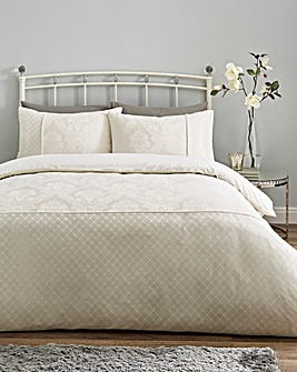 Windsor Jacquard Ivory Duvet Cover Set