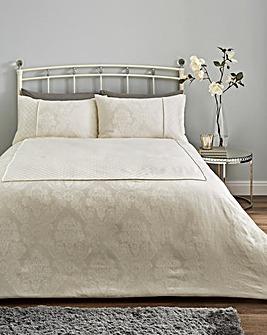 Windsor Jacquard Ivory Bedspread