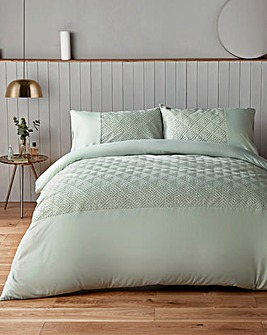 Silentnight Chevron Embossed Forest Duvet Set