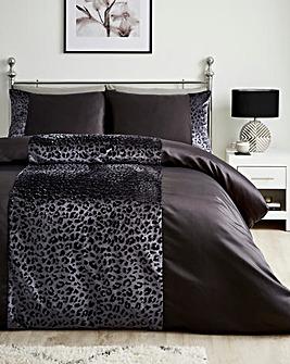 Embossed Animal Duvet Cover Set