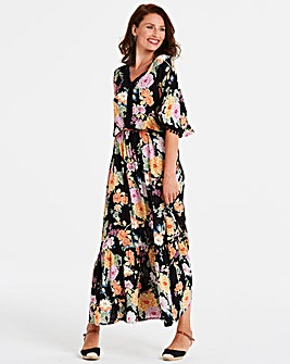 Crinkle Pom Pom Maxi Dress