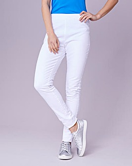 Julipa White Jegging Short