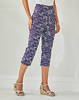 Julipa Pull on Printed Capri Trousers