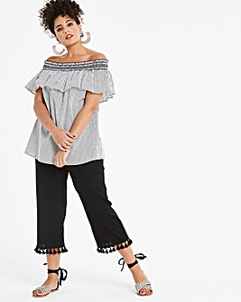 Linen Rich Tassel Trim Crop Wide Leg Trousers