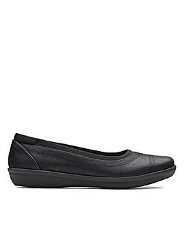 Clarks Cloudsteppers Ayla Low Standard Fitting Shoes