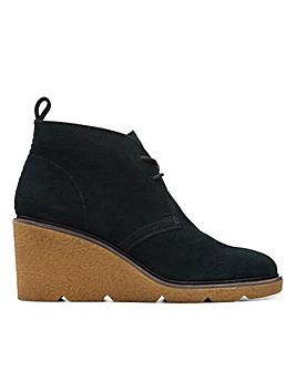 Clarks Clarkford DBT Standard Fitting Boots