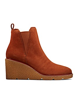 Clarks Clarkford Top Wide Fitting Boots