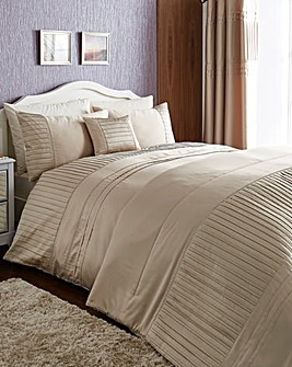 Diamante Pleats Duvet Cover Sets
