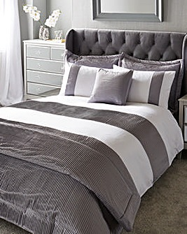 Austen Pleated Grey Duvet Cover Set