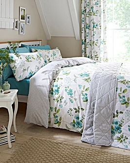 Lorena Green Duvet Cover Set